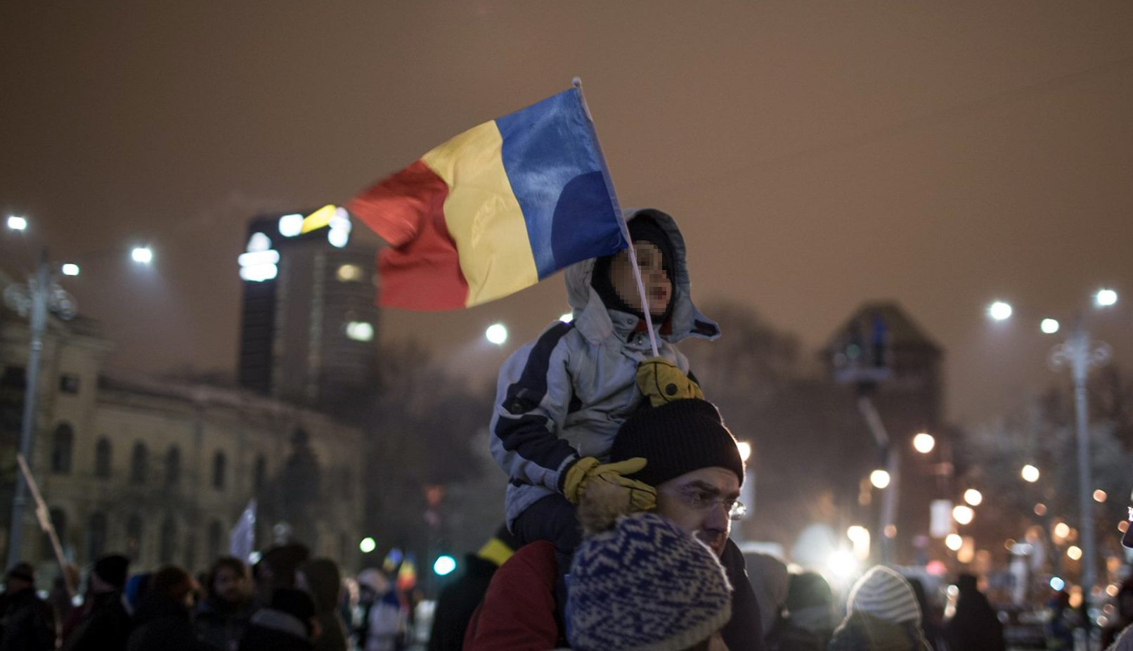 Protests in front of the Romanian Government. Photo Credit: Paul Toetzke