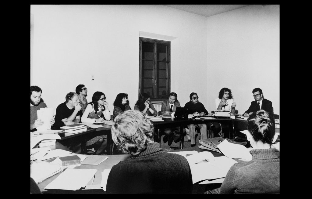 One of the EUI seminars held by the Professor Christoph Sasse, first Head of the Department of Law [1976] (Bruno R Muscovich / HAEU, EUI 687)