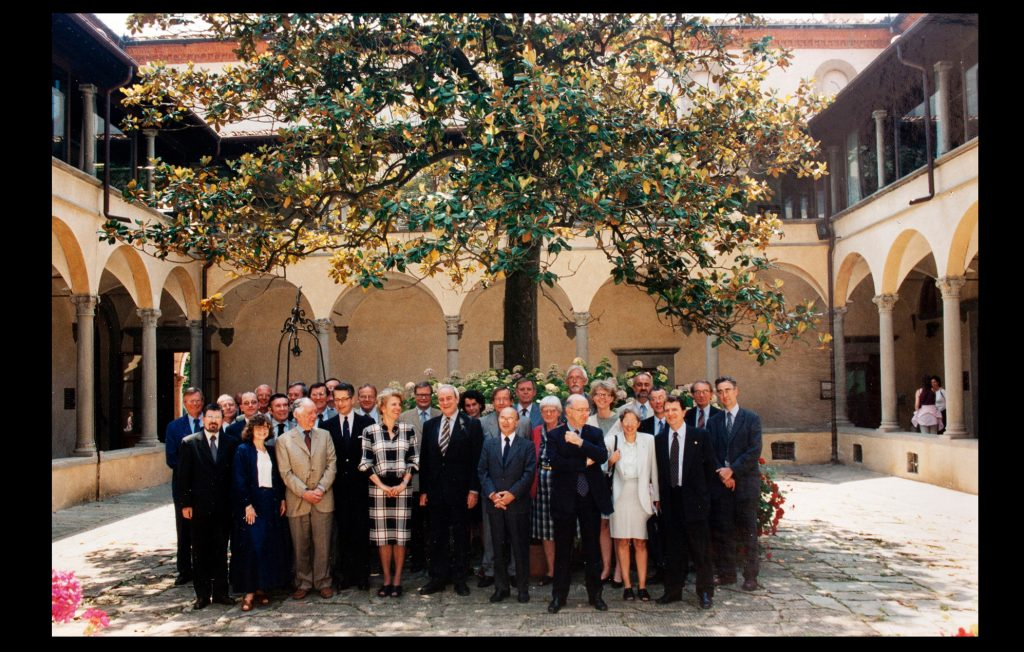 Meeting of the High Council of the European University Institute held at the Badia Fiesolana on 7 and 8 June 2001 (Unknown author / HAEU, EUI 421)