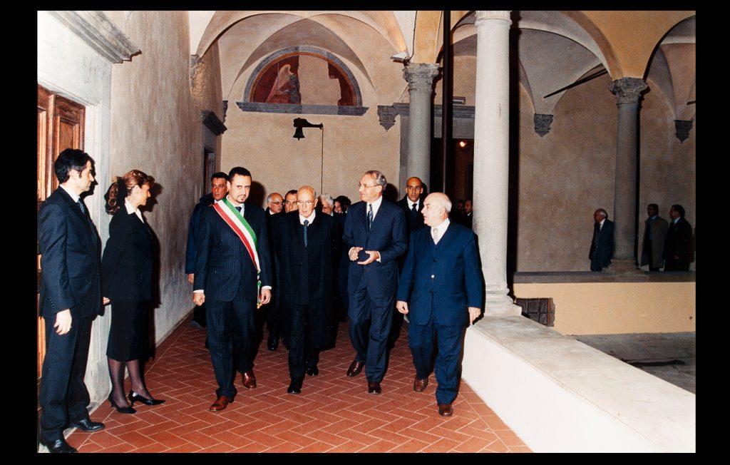 The President of the Italian Republic, Giorgio Napolitano, visiting the European University Institute on 16 November 2006 (Unknown author / HAEU, EUI 705)