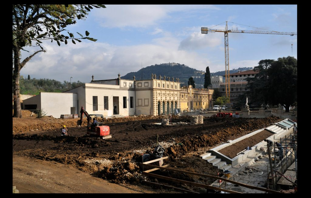 Renovation works of the Villa Salviati in 2009 (Unknown author / HAEU, EUI 1450)