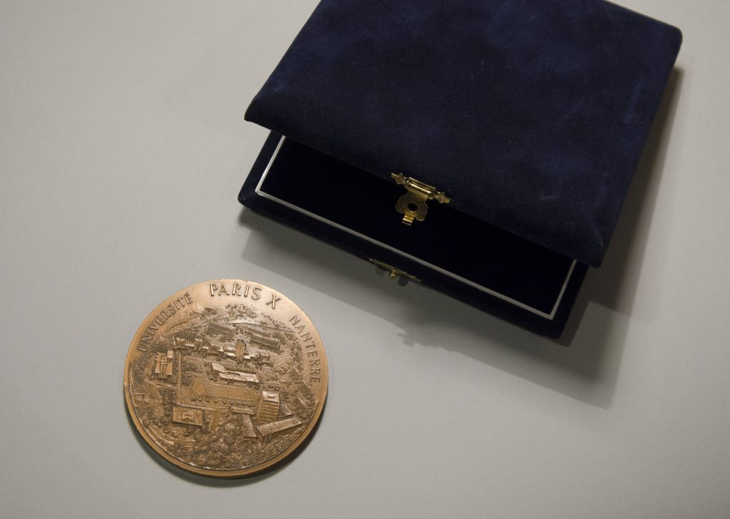 Medal of Antonio Casesse, Docteur Honoris Causa, Univeristé Paris X, Nanterre from June 15th 1999 (HAEU, ACA 39)